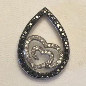 Jewelry - 14K WHITE GOLD DIAMOND PEAR SHAPED PNDT W/HEARTS💕
